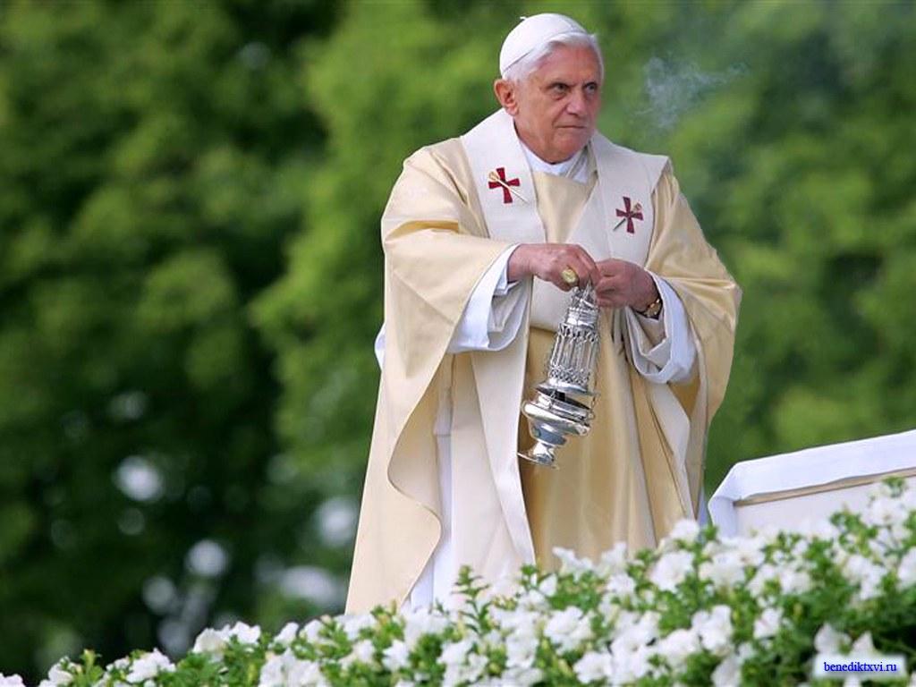 Кто получил поздравление от папы римского на юбилей
